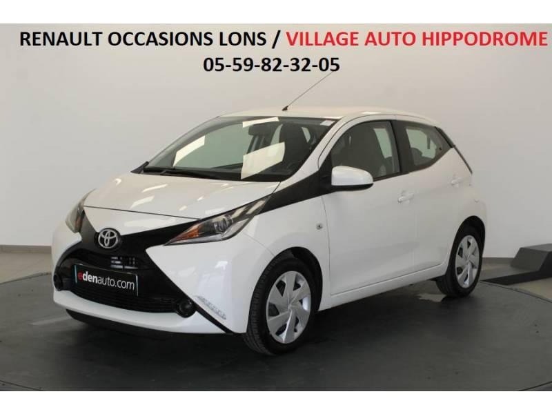 Toyota Aygo 1.0 VVT-i x-play Blanc occasion à Lons
