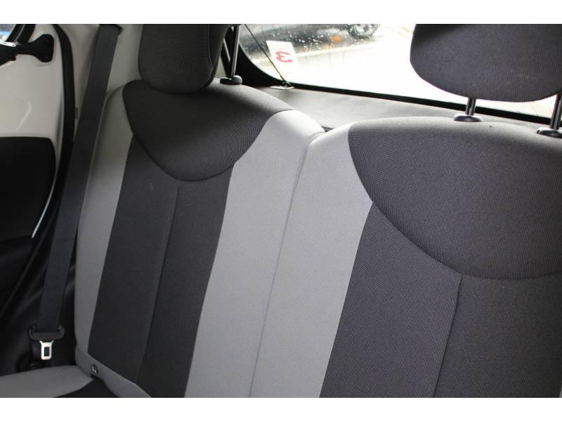 Toyota Aygo 1.0 VVT-i x-play Blanc occasion à Montauban - photo n°6