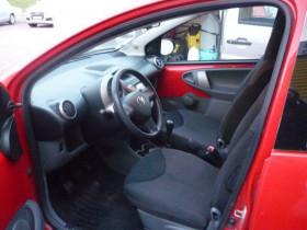 Toyota Aygo 1.0 VVTI CONFORT Rouge occasion à Portet-sur-Garonne - photo n°4