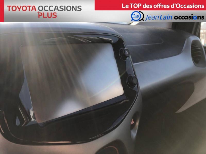 Toyota Aygo Aygo 1.0 VVT-i x-play 5p Blanc occasion à Tournon - photo n°16