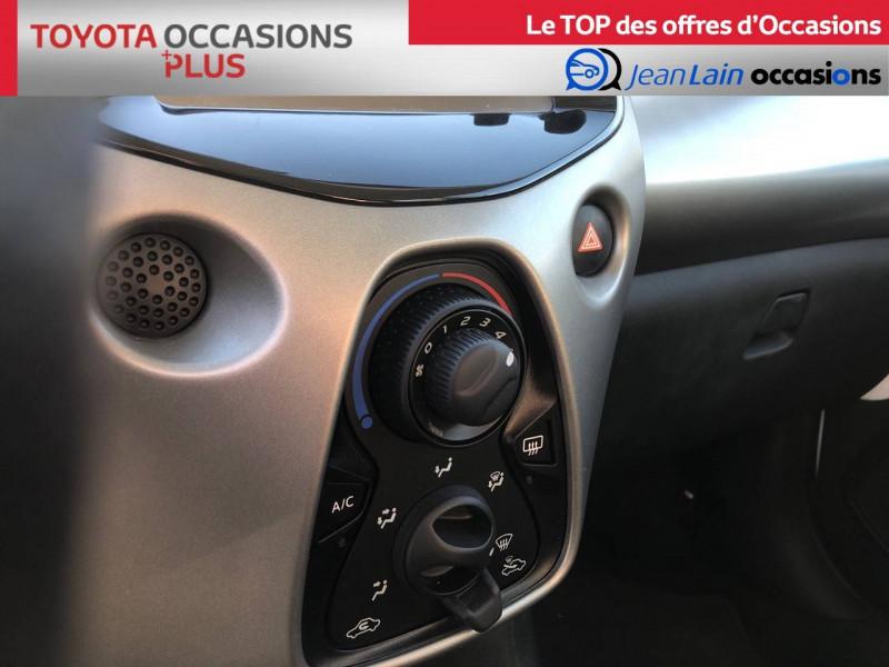 Toyota Aygo Aygo 1.0 VVT-i x-play 5p Blanc occasion à Tournon - photo n°14