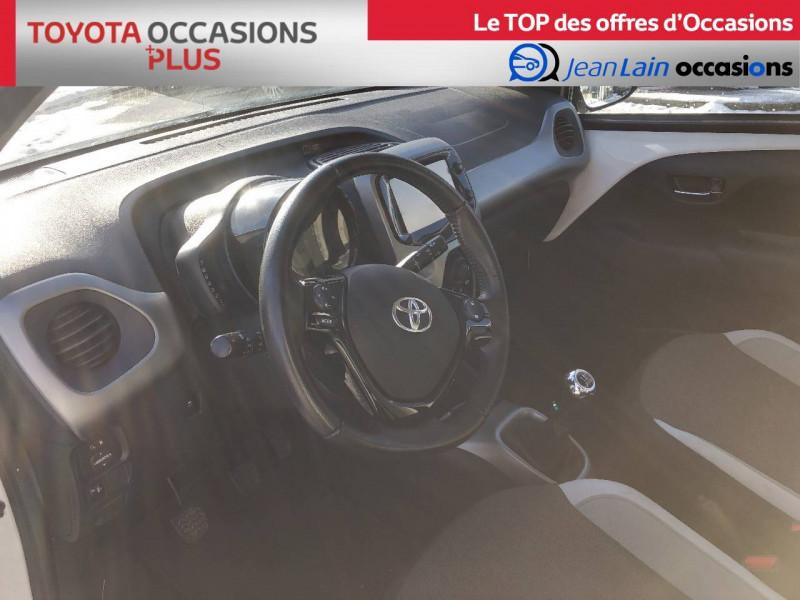 Toyota Aygo Aygo 1.0 VVT-i x-play 5p Blanc occasion à Tournon - photo n°11