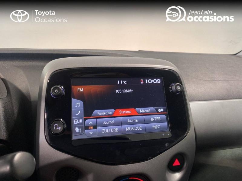 Toyota Aygo Aygo 1.0 VVT-i x-play 5p Blanc occasion à Seynod - photo n°15