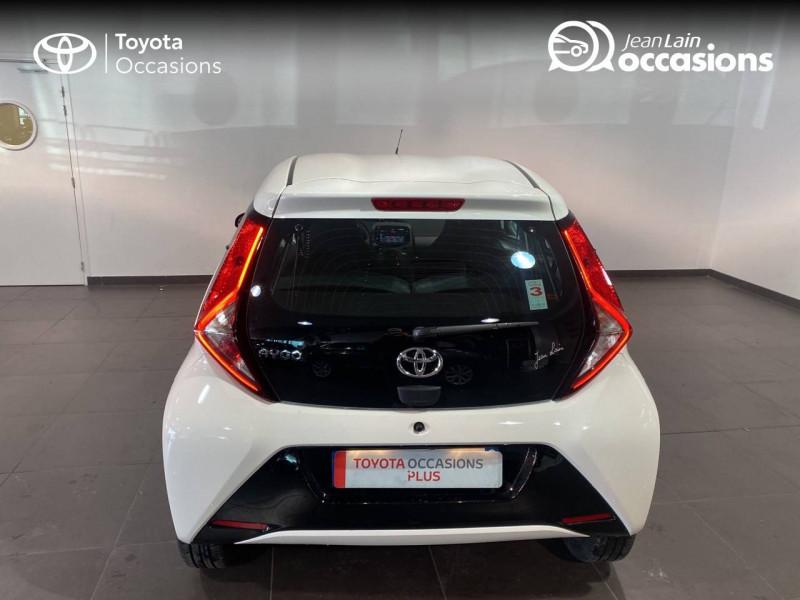 Toyota Aygo Aygo 1.0 VVT-i x-play 5p Blanc occasion à Seynod - photo n°6