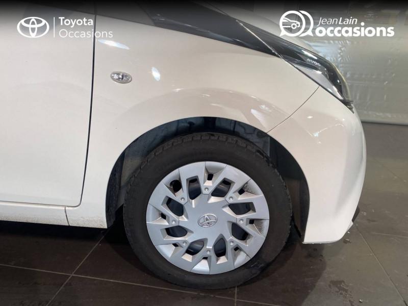 Toyota Aygo Aygo 1.0 VVT-i x-play 5p Blanc occasion à Seynod - photo n°9