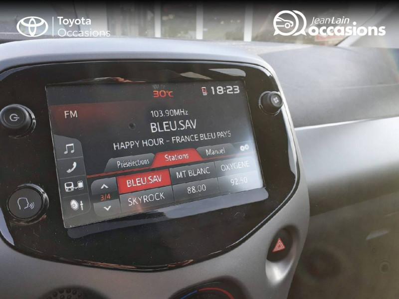 Toyota Aygo Aygo 1.0 VVT-i x-play app 3p Blanc occasion à Tournon - photo n°16