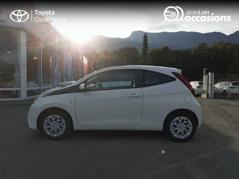 Toyota Aygo Aygo 1.0 VVT-i x-play app 3p Blanc occasion à Tournon - photo n°8