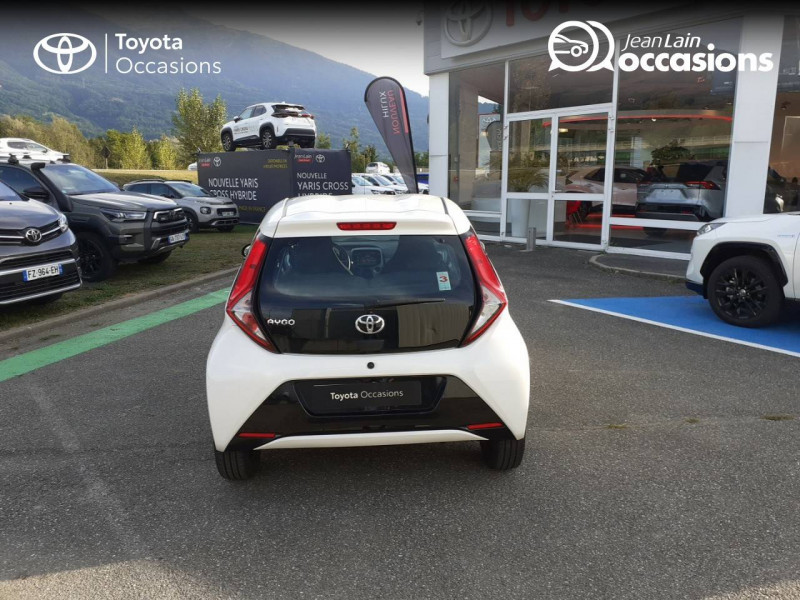 Toyota Aygo Aygo 1.0 VVT-i x-play app 3p Blanc occasion à Tournon - photo n°6
