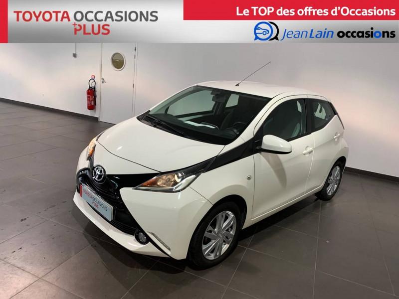 Toyota Aygo Aygo 1.0 x-play 5p Blanc occasion à Seynod