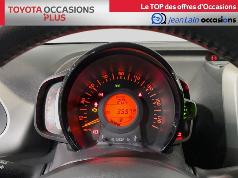 Toyota Aygo Aygo 1.0 x-play 5p Blanc occasion à Seynod - photo n°16