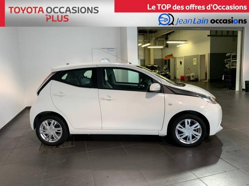 Toyota Aygo Aygo 1.0 x-play 5p Blanc occasion à Seynod - photo n°4