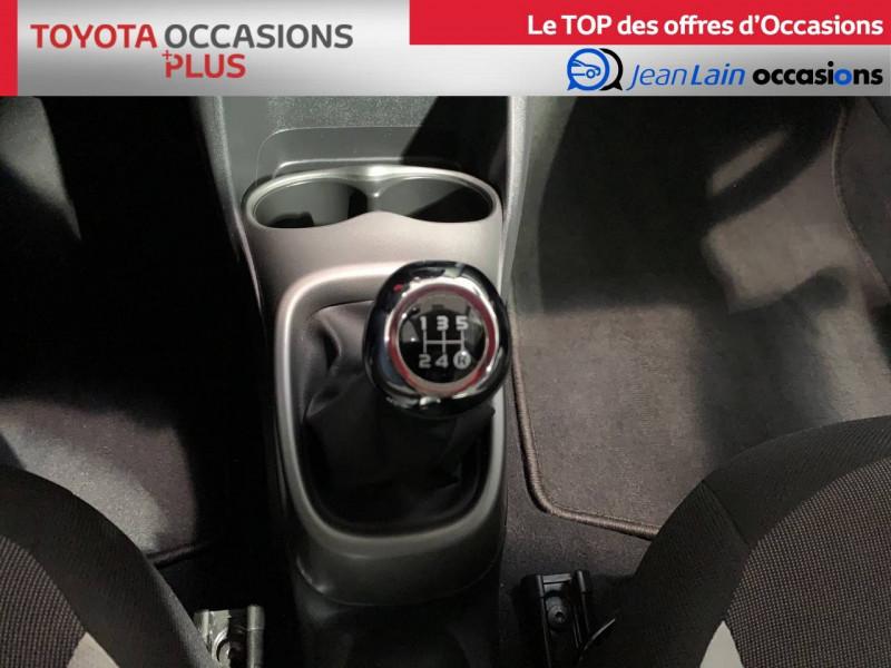 Toyota Aygo Aygo 1.0 x-play 5p Blanc occasion à Seynod - photo n°13