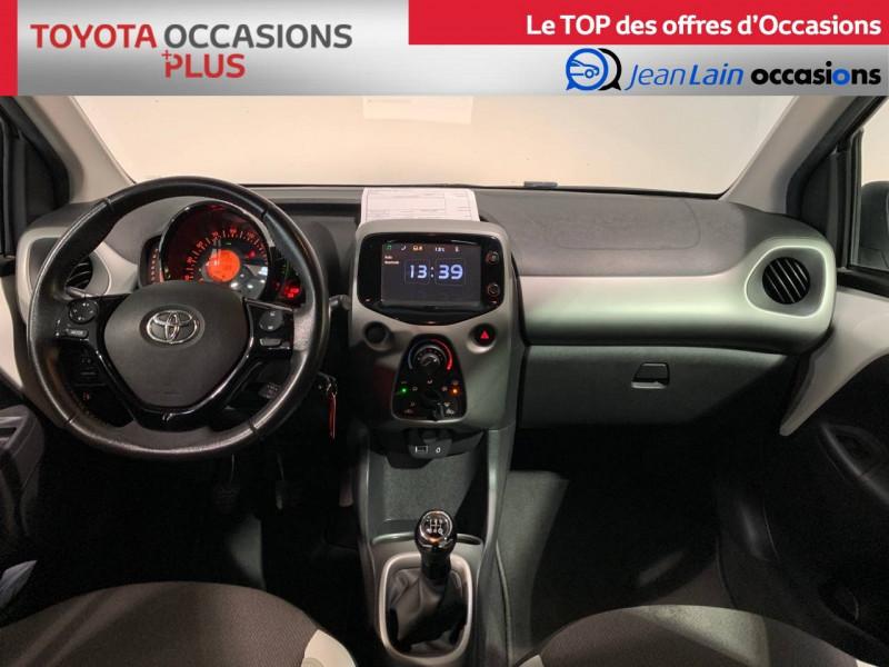 Toyota Aygo Aygo 1.0 x-play 5p Blanc occasion à Seynod - photo n°18