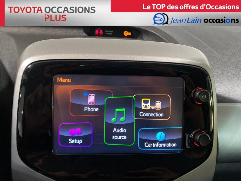 Toyota Aygo Aygo 1.0 x-play 5p Blanc occasion à Seynod - photo n°15