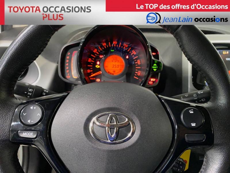 Toyota Aygo Aygo 1.0 x-play 5p Blanc occasion à Seynod - photo n°12