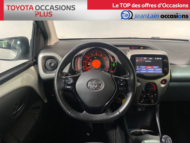 Toyota Aygo Aygo 1.0 x-play 5p Blanc occasion à Seynod - photo n°11