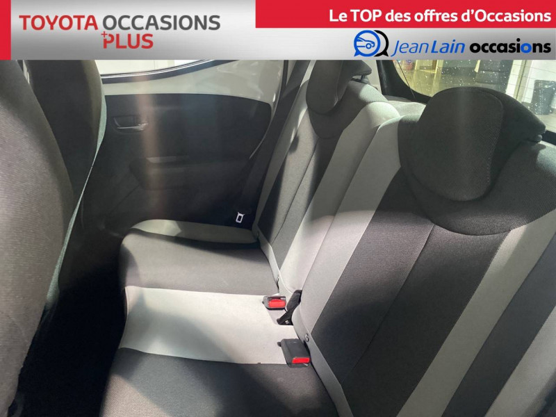 Toyota Aygo Aygo 1.0 x-play 5p Blanc occasion à Seynod - photo n°17