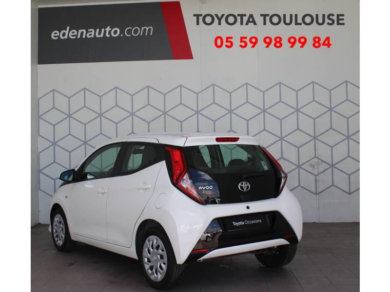 Toyota Aygo MC18 1.0 VVT-i x-play Blanc occasion à Toulouse - photo n°2