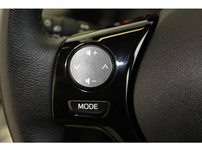 Toyota Aygo MC18 1.0 VVT-i x-play Blanc occasion à Montauban - photo n°11