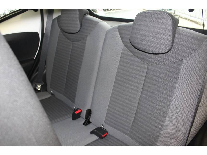 Toyota Aygo MC18 1.0 VVT-i x-play Blanc occasion à Montauban - photo n°4