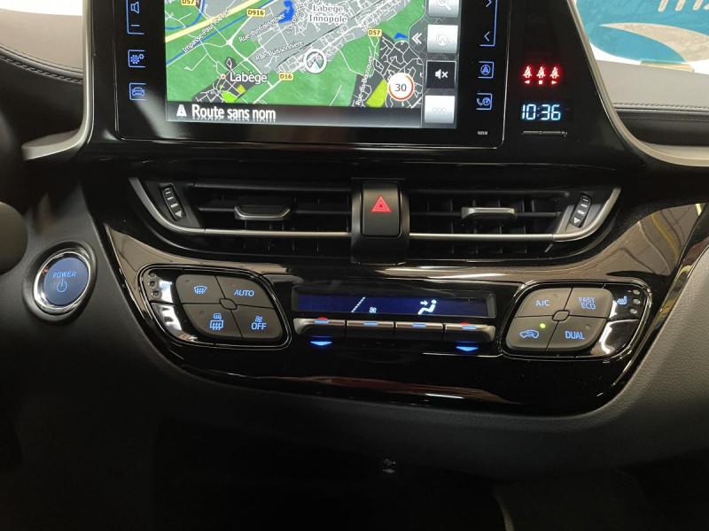 Toyota C-HR 1.8 Hybrid 122 H CVT  Dynamic Business Gris occasion à Lormont - photo n°11