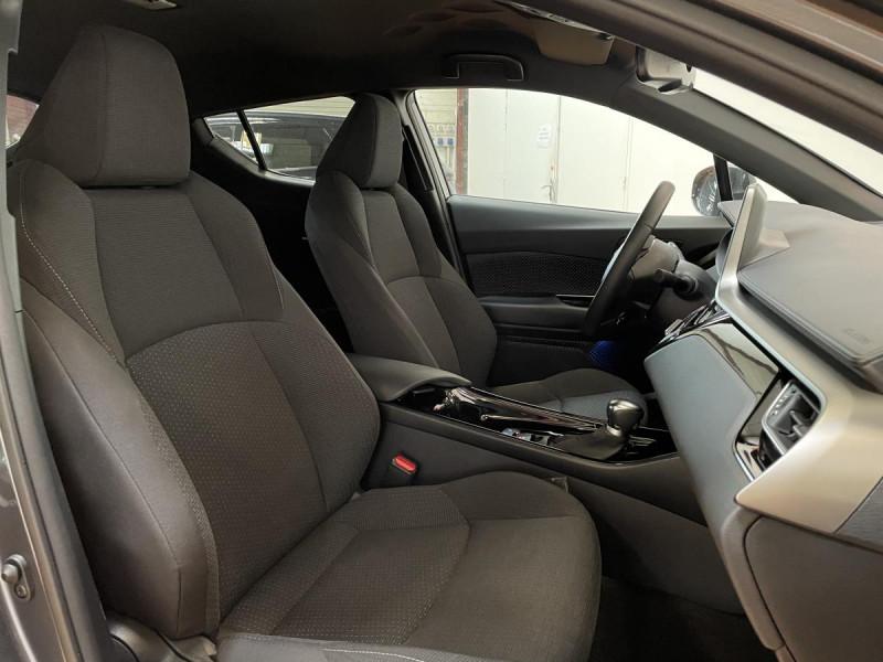Toyota C-HR 1.8 Hybrid 122 H CVT  Dynamic Business Gris occasion à Lormont - photo n°4