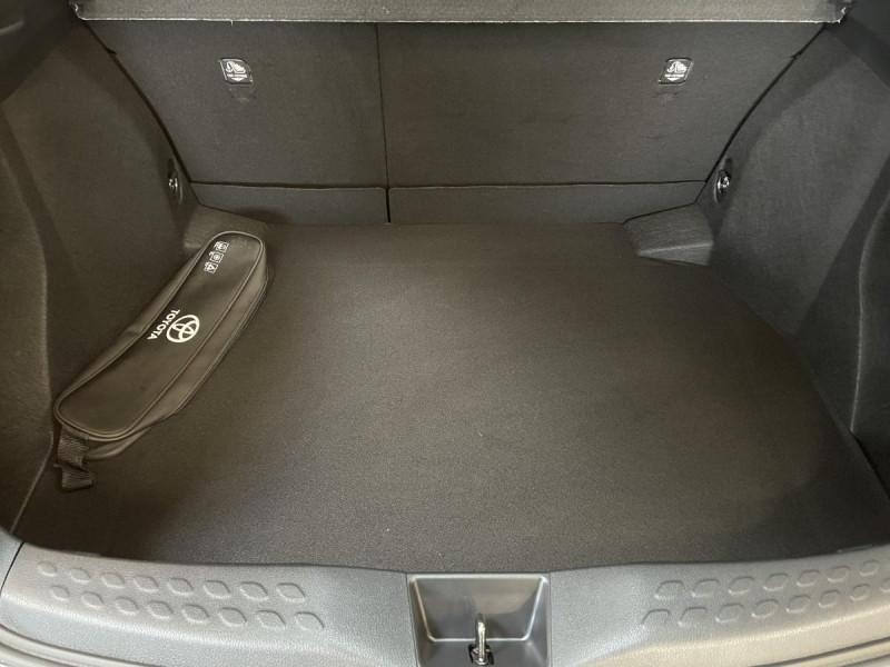 Toyota C-HR 1.8 Hybrid 122 H CVT  Dynamic Business Gris occasion à Lormont - photo n°15