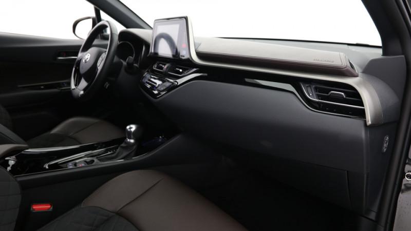 Toyota C-HR 1.8 Hybrid 122ch Automatique/ Distinctive Noir occasion à SAINT-GREGOIRE - photo n°18