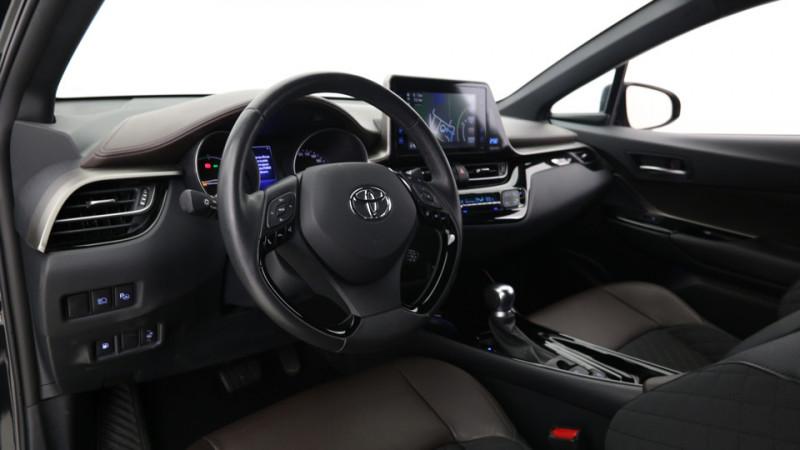 Toyota C-HR 1.8 Hybrid 122ch Automatique/ Distinctive Noir occasion à SAINT-GREGOIRE - photo n°17