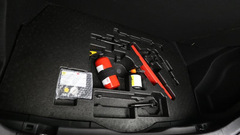 Toyota C-HR 1.8 Hybrid 122ch Automatique/ Distinctive Noir occasion à SAINT-GREGOIRE - photo n°15