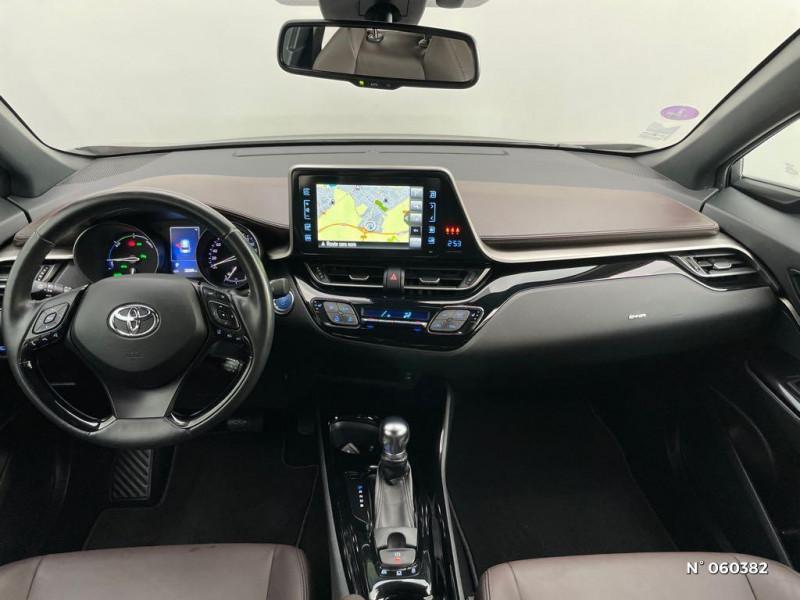 Toyota C-HR 122h Distinctive 2WD E-CVT Gris occasion à Rivery - photo n°10