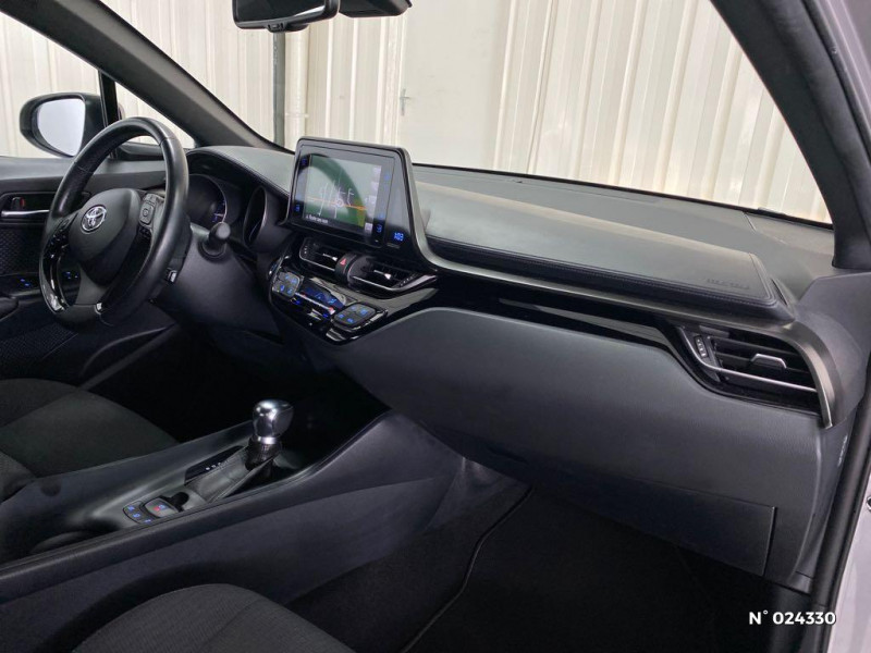 Toyota C-HR 122h Dynamic Business 2WD E-CVT Gris occasion à Dury - photo n°4