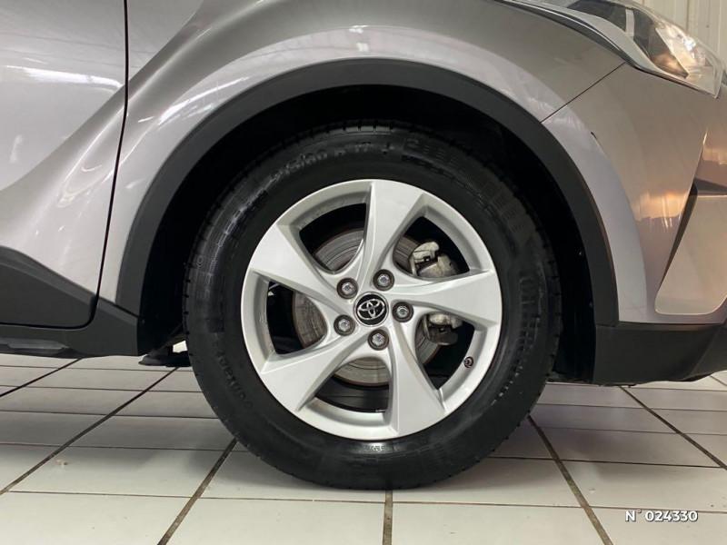 Toyota C-HR 122h Dynamic Business 2WD E-CVT Gris occasion à Dury - photo n°9