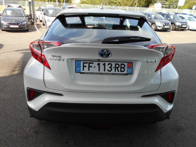 Toyota C-HR 122h Dynamic Blanc occasion à Bessières - photo n°7