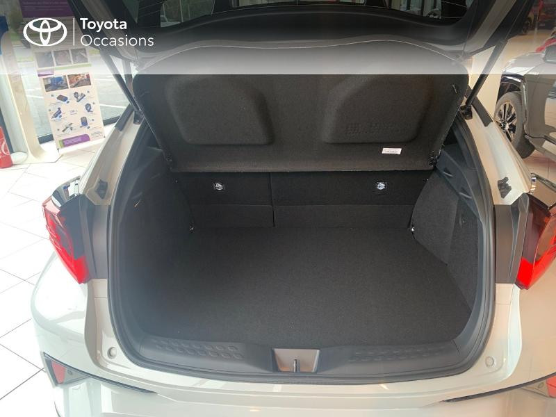 Toyota C-HR 184h GR-Sport 2WD E-CVT MY20 Gris occasion à CASTRES - photo n°10