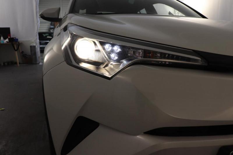 Toyota C-HR HYBRIDE 122h Dynamic Blanc occasion à Aubière - photo n°9
