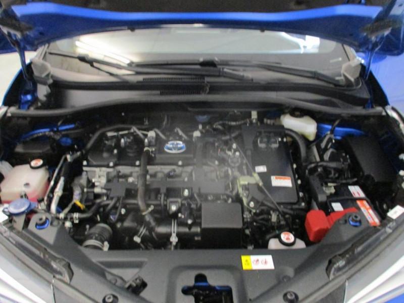 Toyota C-HR HYBRIDE 122h Dynamic Bleu occasion à CHERBOURG-EN-COTENTIN - photo n°6