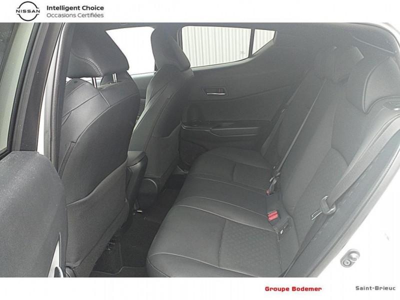 Toyota C-HR HYBRIDE RC18 122h Graphic Blanc occasion à SAINT-BRIEUC - photo n°12