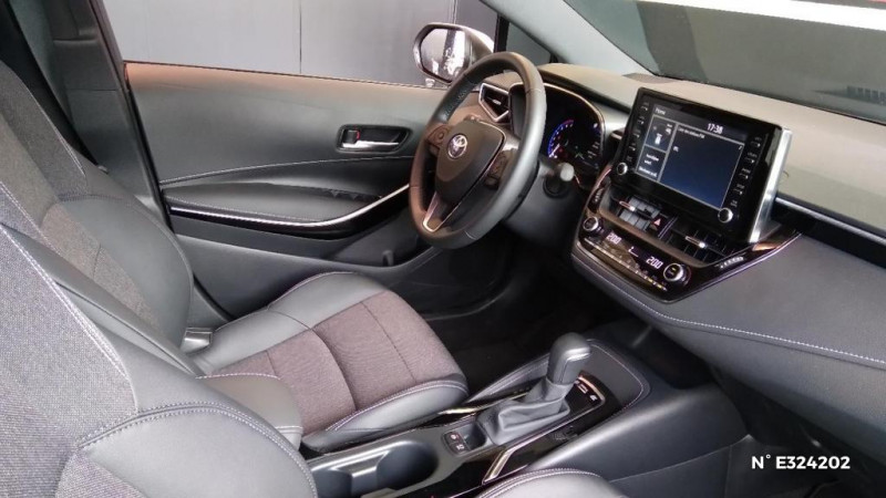 Toyota Corolla 122h Design MY21 Blanc occasion à Jaux - photo n°4
