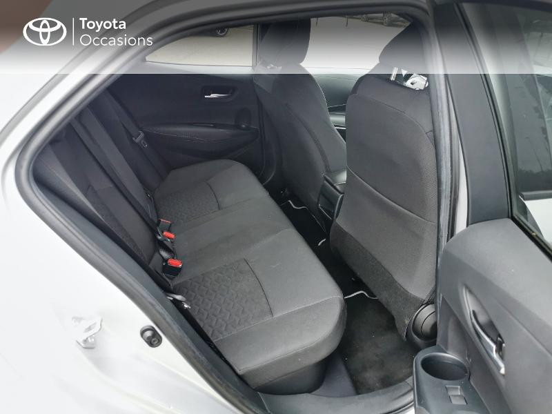 Toyota Corolla 122h Design  occasion à Magny-les-Hameaux - photo n°7