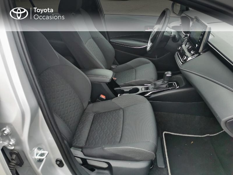 Toyota Corolla 122h Design  occasion à Magny-les-Hameaux - photo n°6