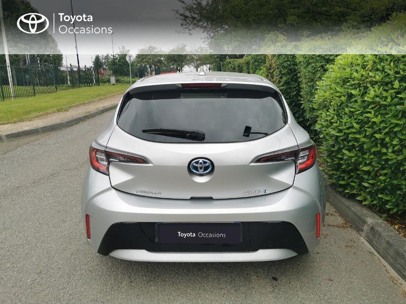 Toyota Corolla 122h Design  occasion à Magny-les-Hameaux - photo n°4