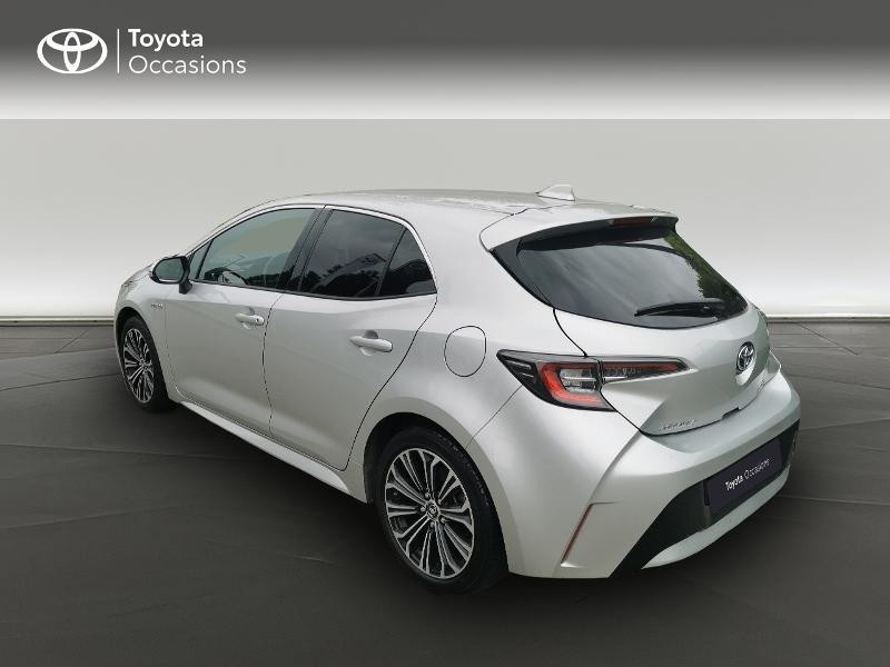 Toyota Corolla 122h Design  occasion à Magny-les-Hameaux - photo n°2