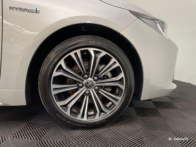 Toyota Corolla 184h Design Gris occasion à Rivery - photo n°9