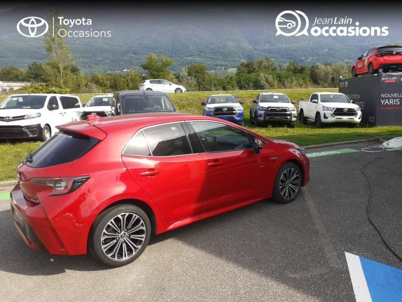 Toyota Corolla Corolla Hybride 122h Design 5p Rouge occasion à Seynod - photo n°5
