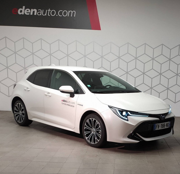 Toyota Corolla Corolla Hybride 122h Design 5p Blanc occasion à PERIGUEUX