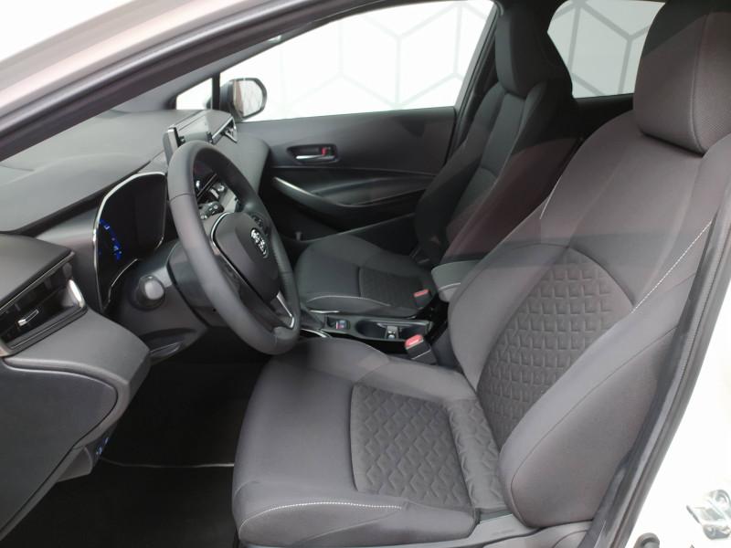 Toyota Corolla Corolla Hybride 122h Design 5p Blanc occasion à PERIGUEUX - photo n°13
