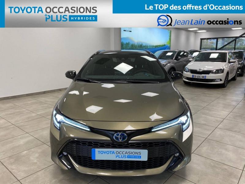 Toyota Corolla Corolla Touring Sports Hybride 122h Design 5p Vert occasion à Seyssinet-Pariset - photo n°2