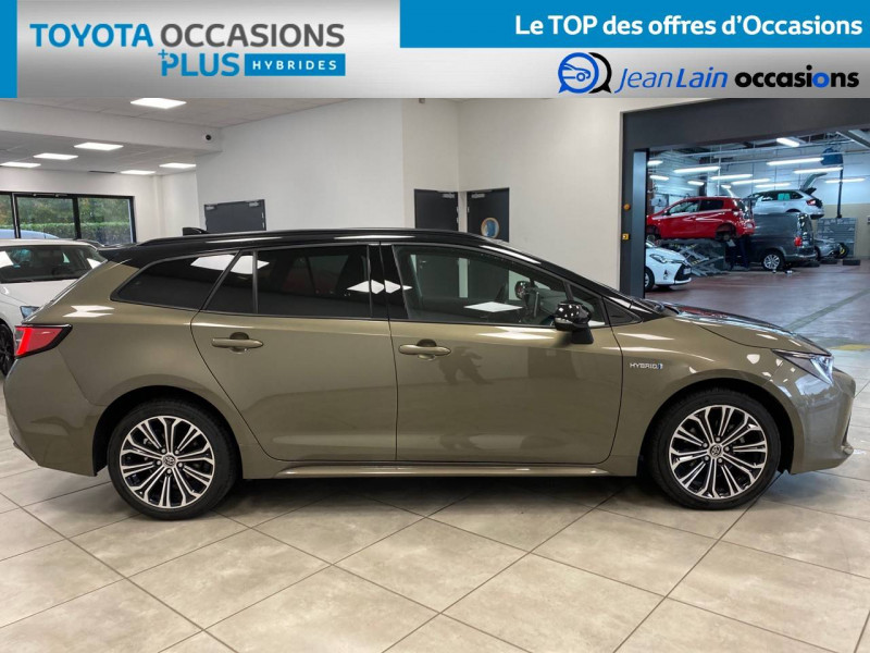 Toyota Corolla Corolla Touring Sports Hybride 122h Design 5p Vert occasion à Seyssinet-Pariset - photo n°4