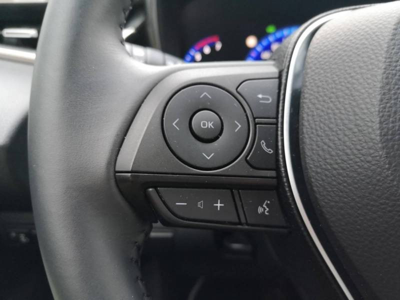Toyota Corolla PRO HYBRIDE 122h Dynamic Gris occasion à VANNES - photo n°14